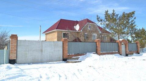 Пол-дома в Самородово, баня,2 гаража, погреб, кирп.сарай, хлев, сеновал. - Фото 1