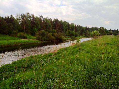 Крайний участок к лесу 15 соток в деревне с газом на берегу реки Москв - Фото 4