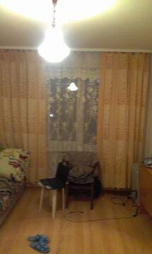 600 000 Руб., Продажа комнаты, Барнаул, Ул. Крупской, Купить комнату в квартире Барнаула недорого, ID объекта - 701171972 - Фото 1