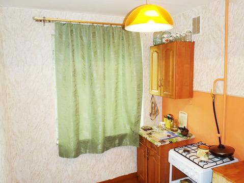 Комнмта с ремонтом и балконом - Фото 4