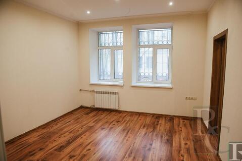 Продажа трехкомнатной квартиры в центре Севастополя! - Фото 1