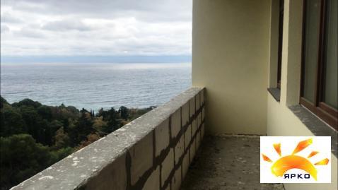Продажа двухкомнатной квартиры с видом на море в Гаспре. - Фото 3
