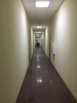 Офис в торгово-офисном центре, 33,5 кв.м. с новым ремонтом - Фото 4