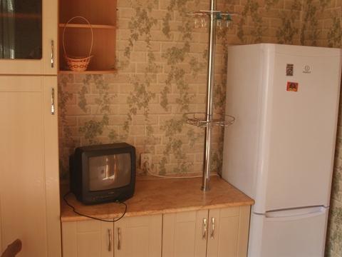 Сдаётся 1к.кв. на ул. Нижегородская, в кирпичном доме, чисто, есть меб - Фото 2
