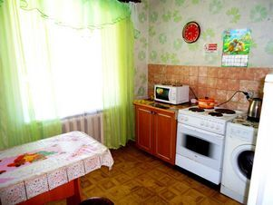 Аренда квартиры посуточно, Чита, Ул. Николая Островского - Фото 1