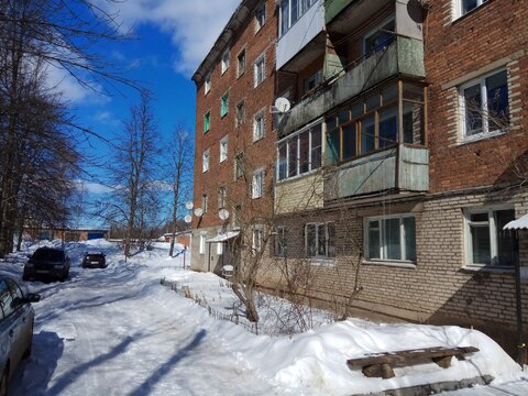 Рос7 1831231 г.Ясногорск, 3-х комн. квартира 59,6 кв.м. - Фото 1