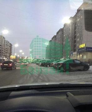 Продажа торгового помещения, Тюмень, Ул. Мельникайте - Фото 1