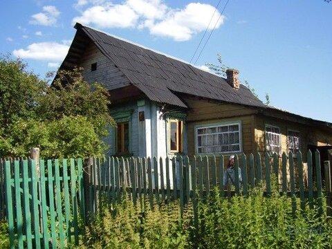 Деревянный дом старой постройки площадью 40 кв.м на участке 25 соток в . - Фото 3