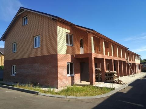Таунхаус 135 кв.м. на участке земли 1 сотка в д. Белозерово - Фото 1