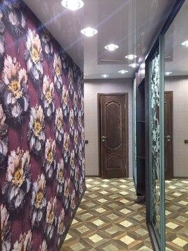 Трехкомнатная, евроремонт, кирпичный дом, ул. Костюкова - Фото 1