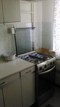 Сдам 1 комнатную на Дмитриева 4к2 с мебелью и бытовой - Фото 4