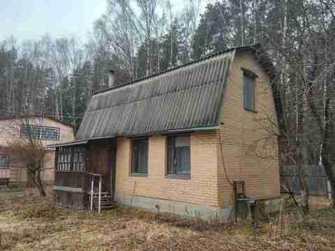Кирпичный 2 эт. дом с отоплением на участке 5 сот. в черте Климовска - Фото 1