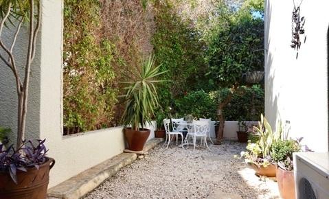 Отдельная трехкомнатная квартира с большим садом в районе Пафоса - Фото 5
