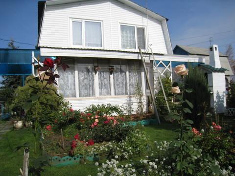 Продается кирпичный дом 2 этажа с участком 16 соток в 19 км от Омска - Фото 1
