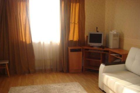 Сдам однокомнатную квартиру на длительный срок, Аренда квартир в Екатеринбурге, ID объекта - 321298415 - Фото 1