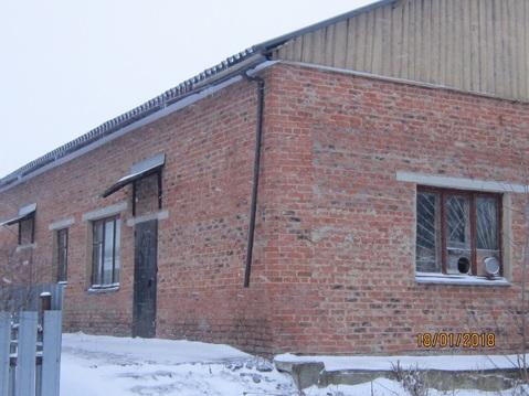 Нежилое здание с земельным участком - Фото 2