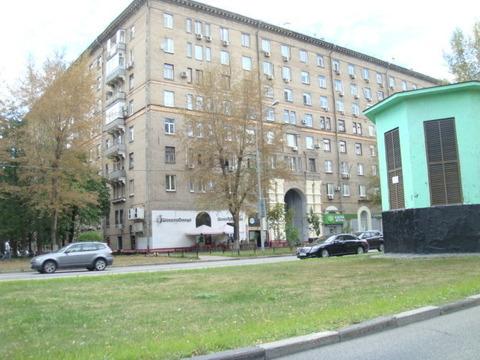 Квартира с ремонтом в сталинском доме в шаговой доступности от метро - Фото 1