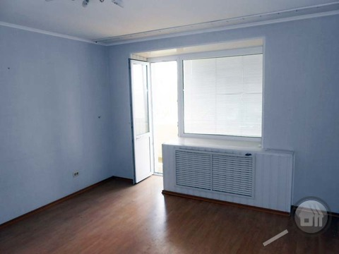 Продается 2-комнатная квартира, ул. Маршала Крылова - Фото 4