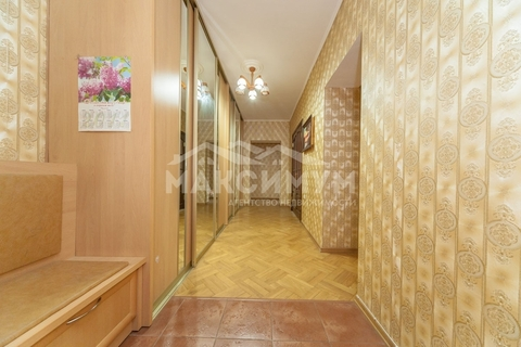 Купить квартиру ул. Пушкина, 33 - Фото 1