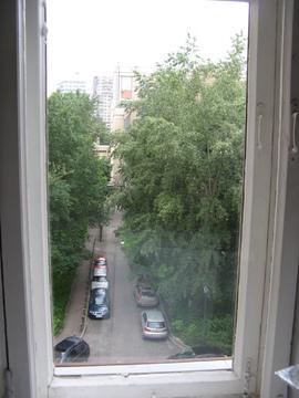 1шка на Ленинском пр-те окнами во двор - Фото 3
