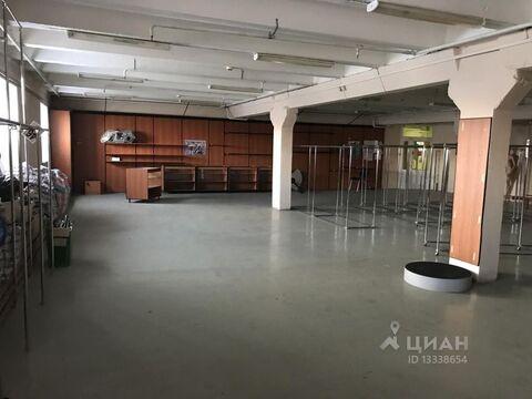 Аренда торгового помещения, Курган, Ул. Омская - Фото 1