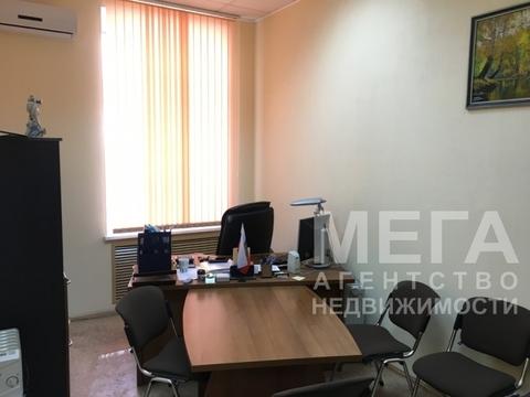 Офис с парковкой, большой зал - 30 кв.м. - Фото 1