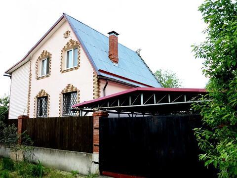 Кирпичный дом 140 кв.м. на ухоженном, зеленом участке 15 соток. - Фото 2