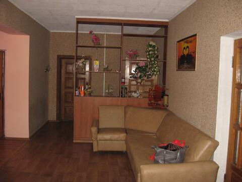 Продается Двухэтажный дом в пгт Гвардейское - Фото 2