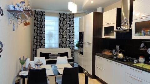 Двухкомнатная квартира в новом доме с ремонтом. - Фото 1