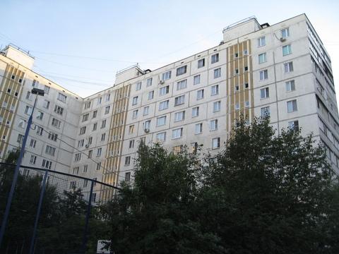 Трехкомнатная Квартира Москва, улица Бусиновская Горка, д.11, корп.2, . - Фото 1