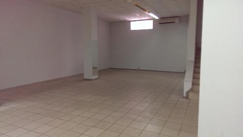 Сдам торговое помещение на первом этаже в центре - Фото 4