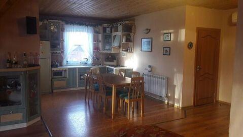 Сдам многокомнатную квартиру, Малая (Горелово) ул, 1, Санкт-Петербу. - Фото 1