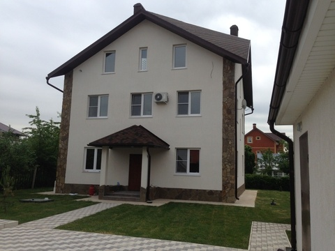 Сдам посуточно уютный дом в 12 км. от МКАД по Симферопольскому шоссе. - Фото 1