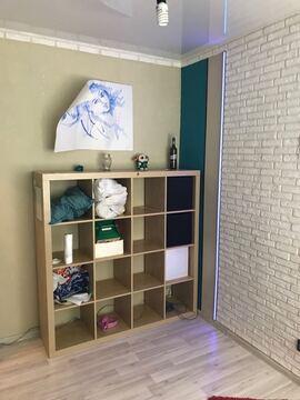 Небольшая, уютная комната с интересным, качественным евроремонтом - Фото 1