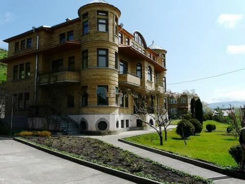 Прекрасный особняк в Кисловодске - Фото 1