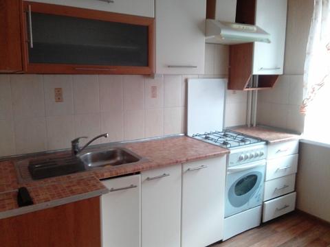Сдам на длительный срок 2-комнатную квартиру в Таганроге - Фото 1