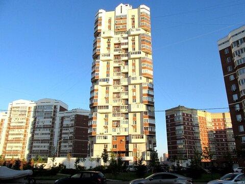 Продам 3-х комнатную квартиру, ул.Столетова дом 9 (метро Раменки) - Фото 1