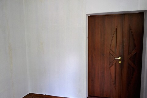 Комната 16 м2 в 3-к квартире 67 м2 2/2 эт. в центре г. Электросталь - Фото 3