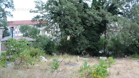 Ровный участок 10 соток в жилом районе Алупки - Фото 2