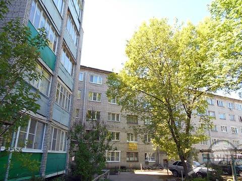 Продается комната с ок, ул. Дзержинского - Фото 1