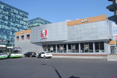 Торговый центр ленинградский около метро войковская