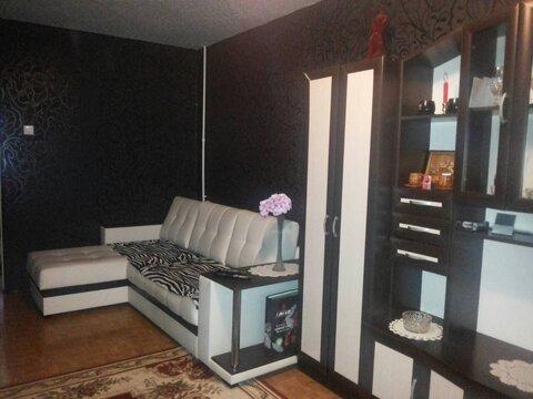 1 390 000 Руб., Трехкомнатная квартира в Тутаеве, Купить квартиру в Тутаеве по недорогой цене, ID объекта - 325478122 - Фото 1