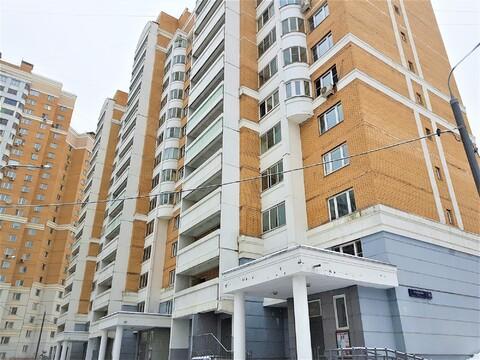 Сдаем 2х-комнатную квартиру с евроремонтом Рублевское шоссе, д.85 - Фото 1