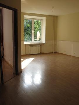 Сдаю 3 комн.кв.85м евро кухня техника пустая окна-парк Ленинский просп - Фото 1