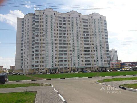 Продажа квартиры, Серпухов, 65 лет Победы б-р. - Фото 1