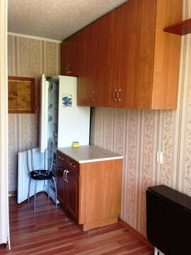 Комната в коммуналке, сжм - Фото 1