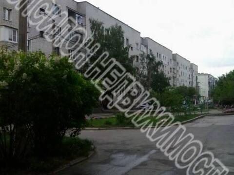 Продажа трехкомнатной квартиры на улице Новоселовка 2, Купить квартиру в Курске по недорогой цене, ID объекта - 320007289 - Фото 1