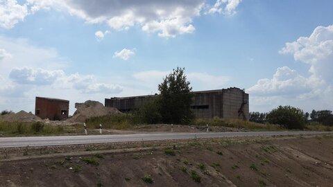 Предлагается к продаже промышленная земля с построенным складом - Фото 1