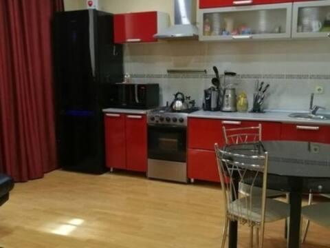 Продажа двухкомнатной квартиры на Клубничной улице, 8а в Сочи, Купить квартиру в Сочи по недорогой цене, ID объекта - 320268964 - Фото 1