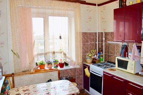 Продается 2-комн. квартира, ул. Светлоярская, д. 38 - Фото 1